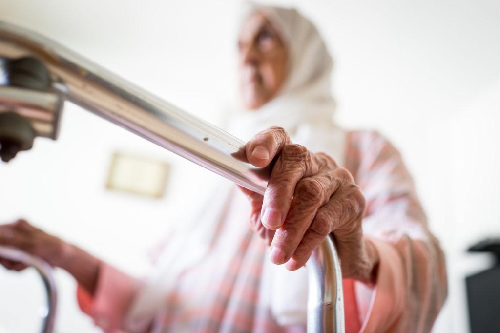 Lei de Marquinho de Abreu objetiva melhorar vida de pacientes com Alzheimer